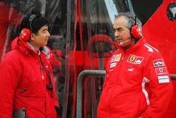 Hirohide Hamashima, Bridgestone-Motorsportchef, mit Luigi Mazzola, Ferrari-Testteammanager