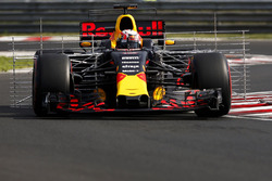 Pierre Gasly, Red Bull Racing RB13.