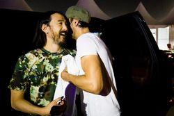 DJ Steve Aoki met Enrique Iglesias