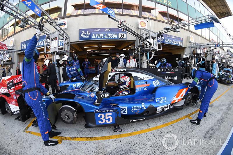 André Negrão, ao lado de Pierre Ragues e Nelson Panciatici no #35, fez boa prova e terminou em 3º na LMP2 após a desclassificação do #13.