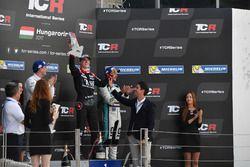 Podium: 1. Attila Tassi, M1RA, Honda Civic TCR, 2. Norbert Michelisz, M1RA, Honda Civic TCR, 3. Jean
