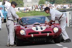 1966 Bizzarrini 5300GT, Andrew Hall - Jamie McIntyre