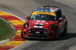 #37 Mini John Cooper Works Team: Mike LaMarra, James Vance