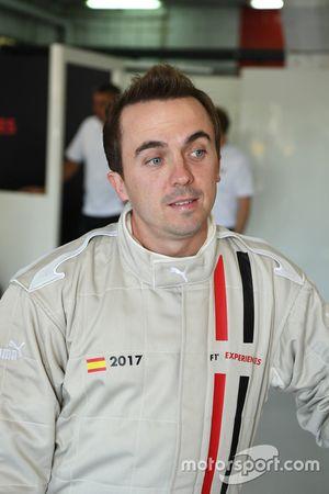 Frankie Muniz, Actor en el auto de dos asientos de la experiencia de la F1