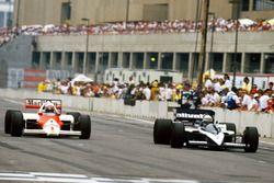 Alain Prost, McLaren MP4/2C-TAG Porsche, Riccardo Patrese, Brabham BT55-BMW