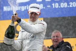 Podyum: Robert Wickens, Mercedes-AMG Team HWA, Mercedes-AMG C63 DTM