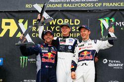 Podium: winnaar Johan Kristoffersson, PSRX Volkswagen Sweden, VW Polo GTi, tweede Sébastien Loeb, Team Peugeot-Hansen, Peugeot 208 WRX, derde Mattias Ekström, EKS, Audi S1 EKS RX Quattro