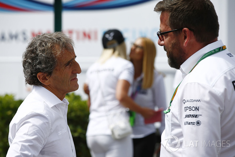 Alain Prost talk to Gwen Lagrue of Mercedes