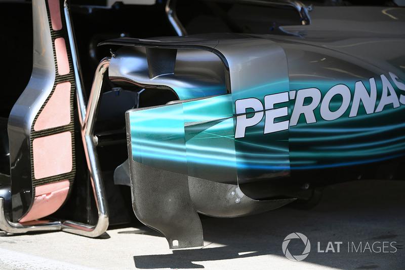 Mercedes F1 W08: Bodywork