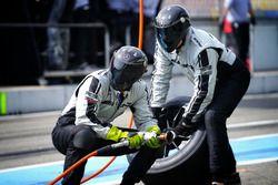 Miembros del equipo Mercedes-AMG Team HWA