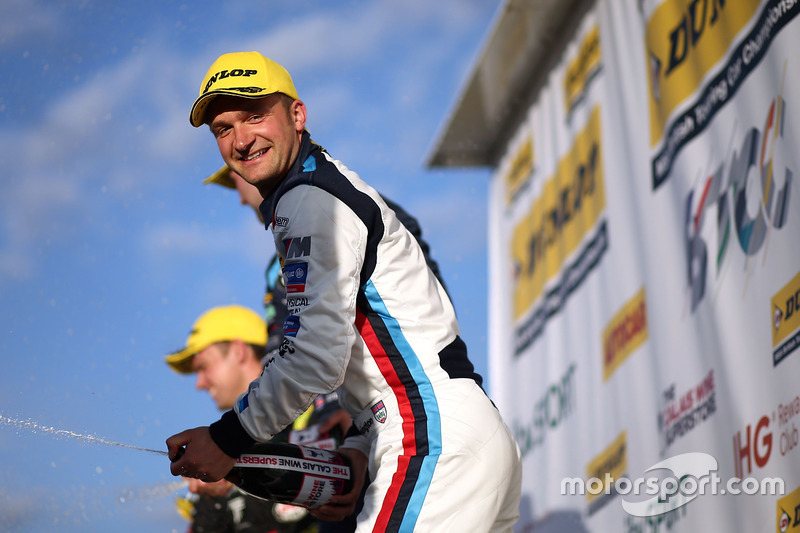 2.Colin Turkington, Team BMW, BMW 125i M Sport