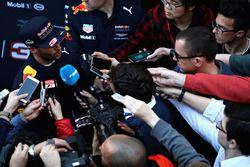 Daniel Ricciardo, Red Bull Racing con la prensa