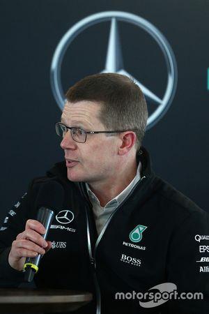 Глава департамента двигателей Mercedes AMG F1 Энди Коуэлл