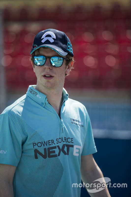 Oliver Turvey, NEXTEV TCR Formula E Team, Spark-NEXTEV, NEXTEV TCR Formula 002