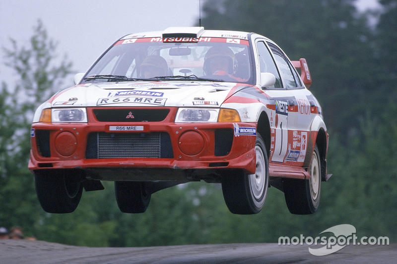 Mitsubishi (1 vez: 1998)