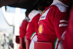 Ferrari am Boxenstand