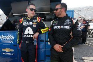 Alex Bowman, Hendrick Motorsports, Chevrolet Camaro Axalta Matt DiBenedetto, Leavine Family Racing, Toyota Camry Procore
