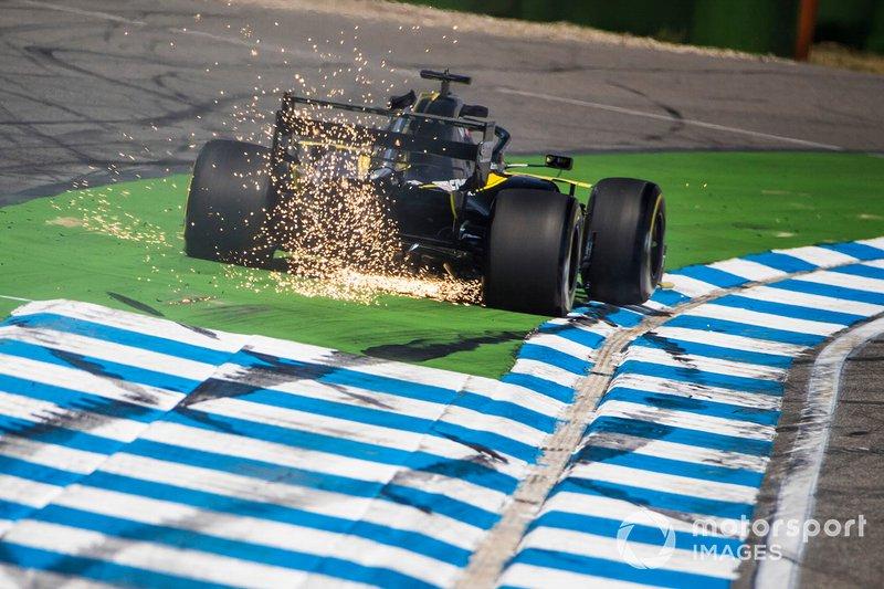 13 - Daniel Ricciardo, Renault F1 Team R.S.19 - 1'12.799