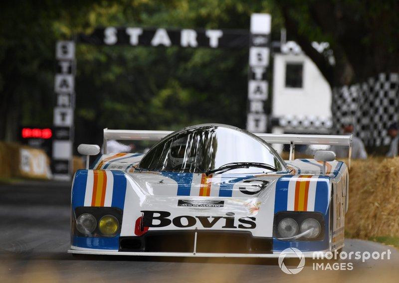Рэй Маллок, Aston Martin Nimrod
