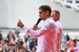 Vitaly Petrov on stage