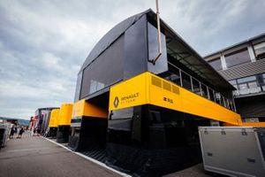 Motorhome Renault F1 Team