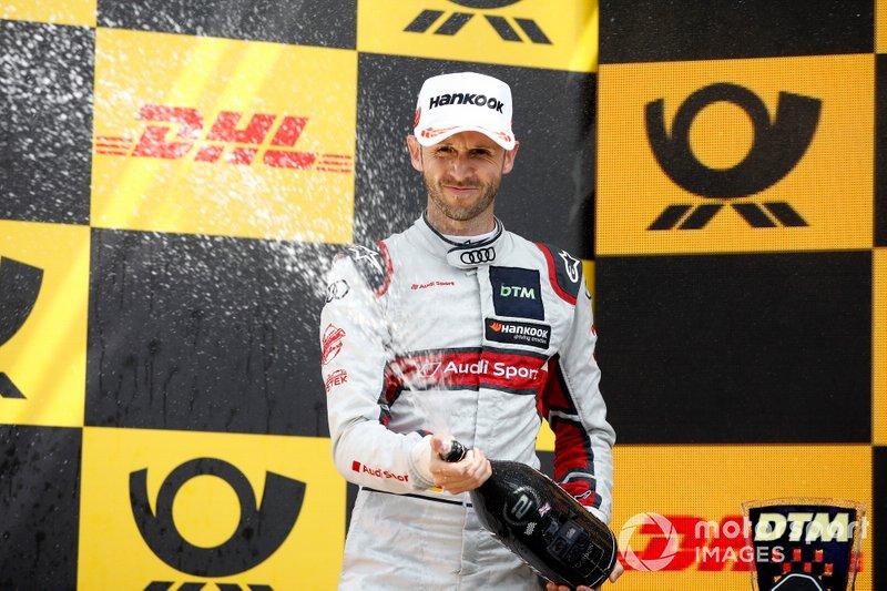Podium: tweede plaats René Rast, Audi Sport Team Rosberg