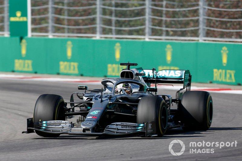 1º: Lewis Hamilton, Mercedes AMG W10: 1:33'38.992