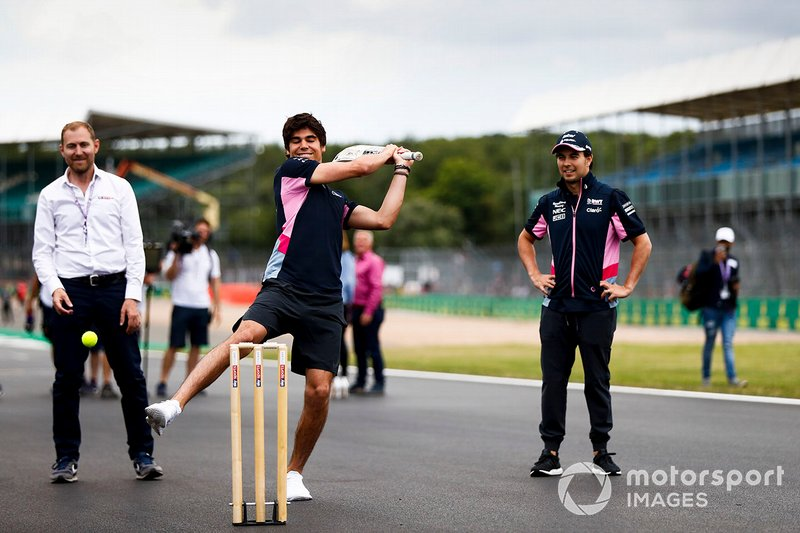 Lance Stroll, Racing Point playing cricket