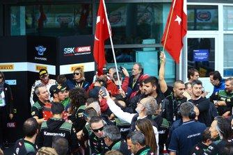 Toprak Razgatlioglu, Turkish Puccetti Racing team, fans