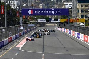 Robert Shwartzman, Prema Racing, Jehan Daruvala, Carlin and Guanyu Zhou, Uni-Virtuosi Racing