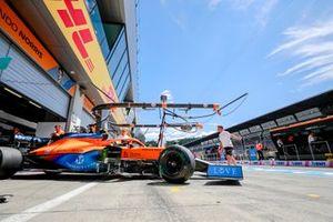 Lando Norris, McLaren MCL35M, verlaat de pits