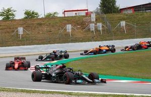 Sir Lewis Hamilton, Mercedes W12, leads Charles Leclerc, Ferrari SF21, Valtteri Bottas, Mercedes W12, Daniel Ricciardo, McLaren MCL35M, and Sergio Perez, Red Bull Racing RB16B