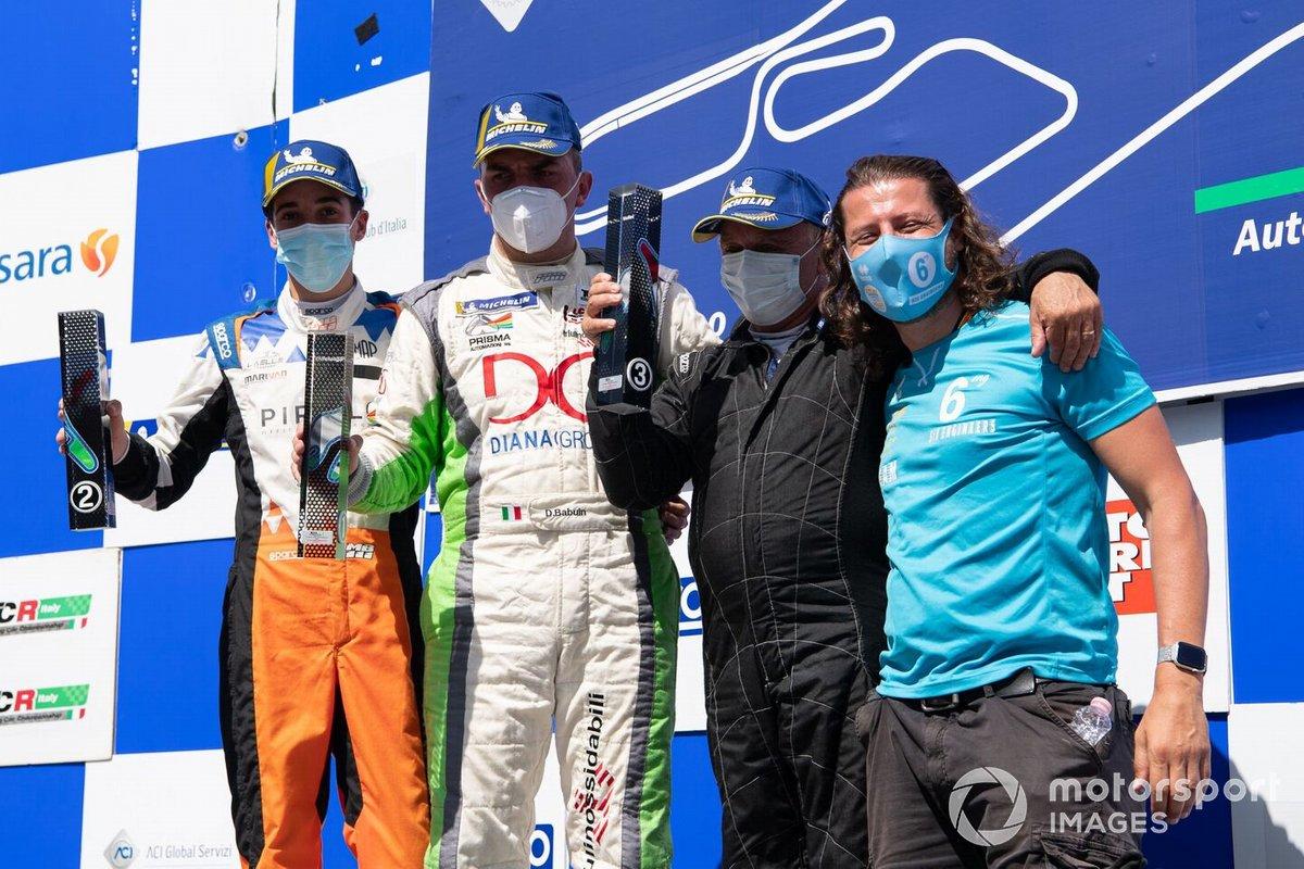 Podio DSG Gara 2: Marco Butti, Elite Motorsport, Denis Babuin, Bolza Corse, Giorgio Fantilli, 6ix Engineers