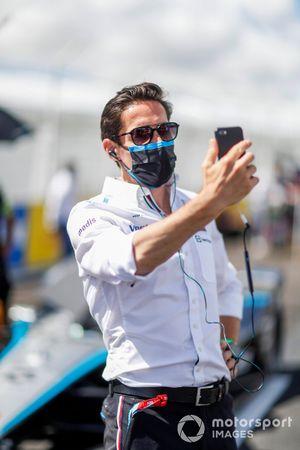 Ian James, Team Principal, Mercedes-Benz EQ, on the grid
