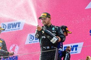 Valtteri Bottas, Mercedes, op het podium