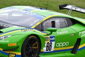 #66 Vincenzo Sospiri Racing, Lamborghini Huracán GT3 Evo: Federico Leo, Ivan Peklin
