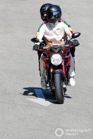 Lewis Hamilton, Mercedes and Angela Cullen, Physio for Lewis Hamilton