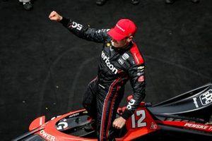 Ganador Will Power, Team Penske Chevrolet Big Machine Spiked Coolers Grand Prix