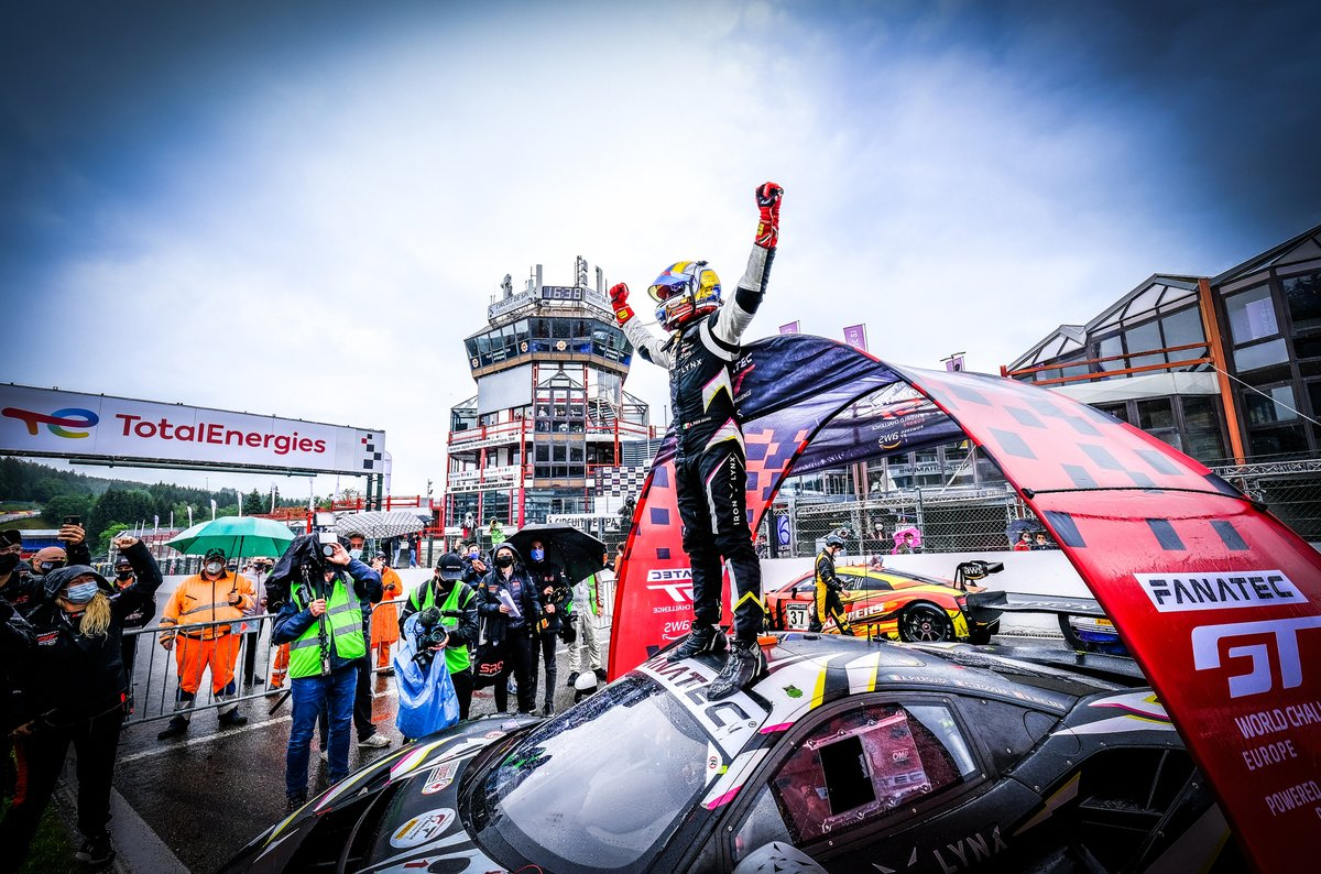 Il vincitore della gara #51 Iron Lynx Ferrari 488 GT3: Alessandro Pier Guidi, Nicklas Nielsen, Côme Ledogar