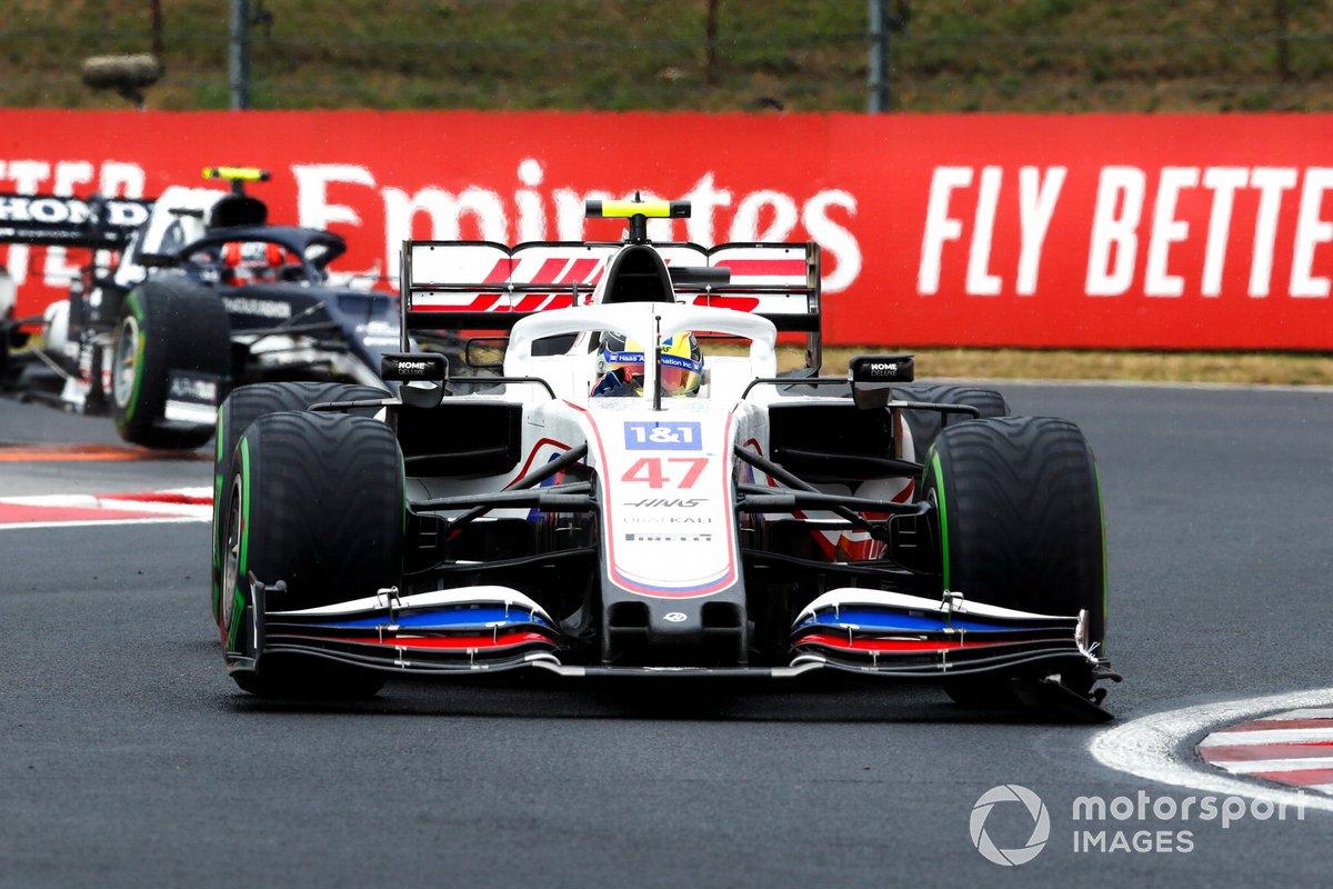 Mick Schumacher, Haas VF-21, Pierre Gasly, AlphaTauri AT02