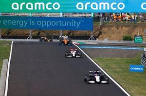 George Russell, Williams FW43B, Kimi Raikkonen, Alfa Romeo Racing C41, Daniel Ricciardo, McLaren MCL35M