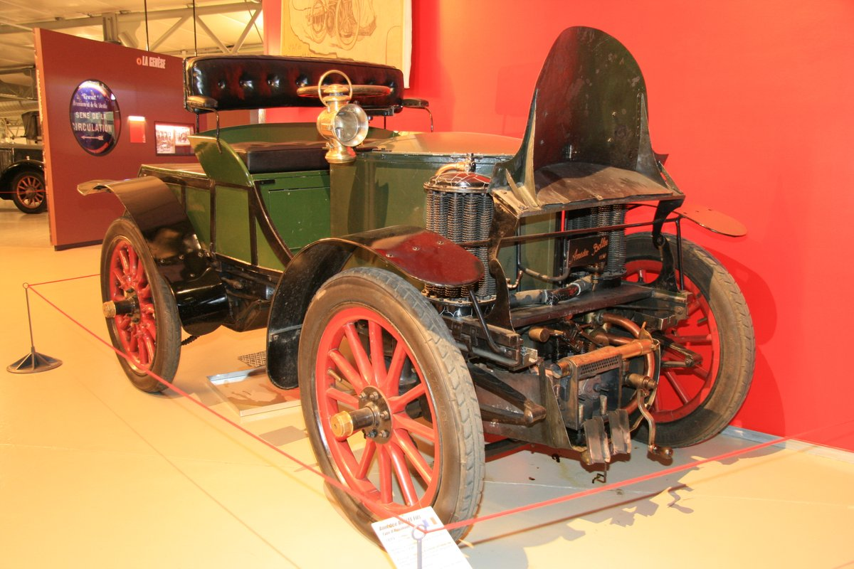 1899年:アメデー・ボレー フィルス・タイプD(Amedee Bollee Fils Type D Runabou)