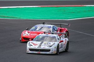 #334 SR&R, Ferrari 458 Challenge: Leonardo Becagli,