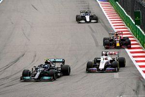 Valtteri Bottas, Mercedes W12, Nikita Mazepin, Haas VF-21, Max Verstappen, Red Bull Racing RB16B, and Nicholas Latifi, Williams FW43B