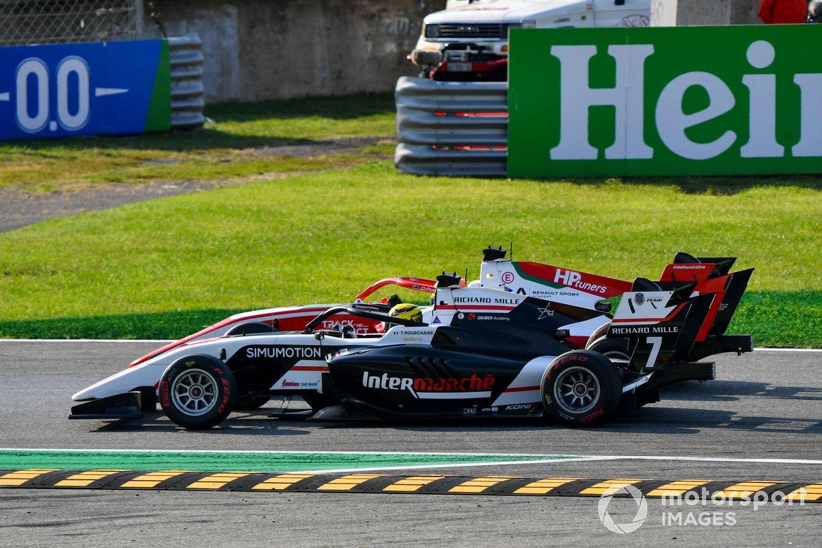 Oscar Piastri, Prema Racing e Theo Pourchaire, ART Grand Prix battle