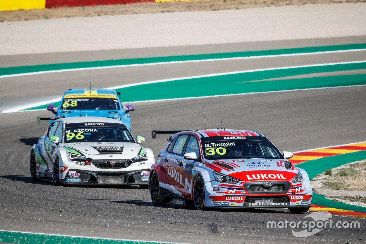 Gabriele Tarquini, BRC Hyundai N LUKOIL Squadra Corse Hyundai i30 N TCRin Alcañiz, Aragon, Spain - Photo Frédéric Le Floc'h / DPPI