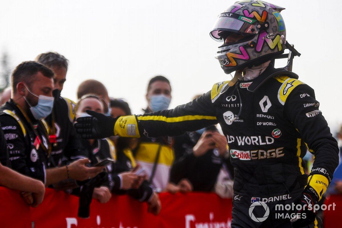 Daniel Ricciardo, Renault F1 festeggia al Parc Ferme