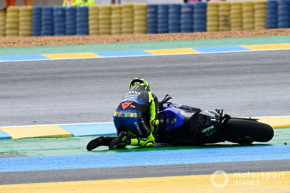 Crash de Valentino Rossi, Yamaha Factory Racing