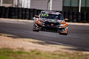 Daniel Lloyd, Brutal Fish Racing Team, Honda Civic Type R TCR