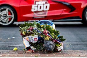 Takuma Sato, Rahal Letterman Lanigan Racing Honda kisses the bricks
